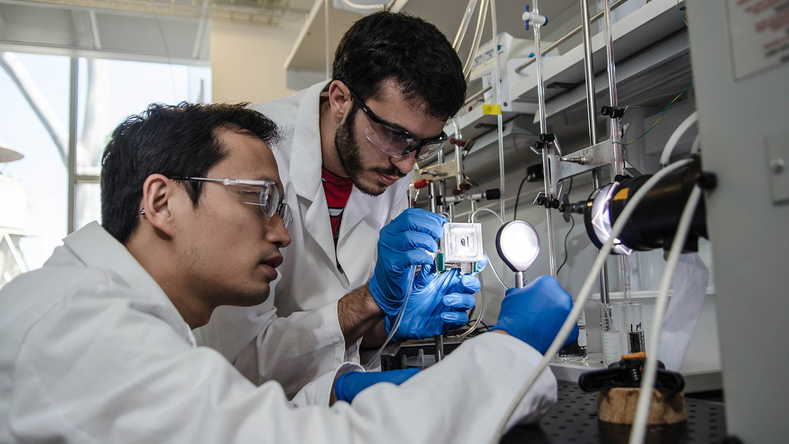 Caltech students in lab