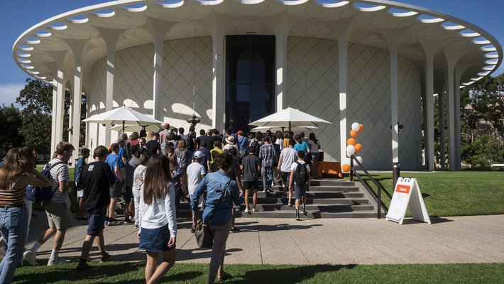 new students entering Beckman Auditorium for Convocation 2019
