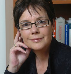 Diana Kormos-Buchwald