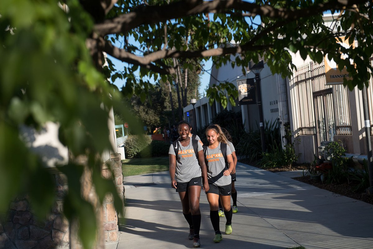 members of the Caltech women's soccer team