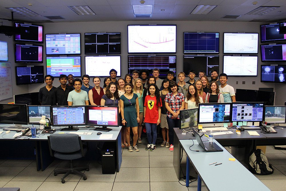 LIGO SURF students in the control room
