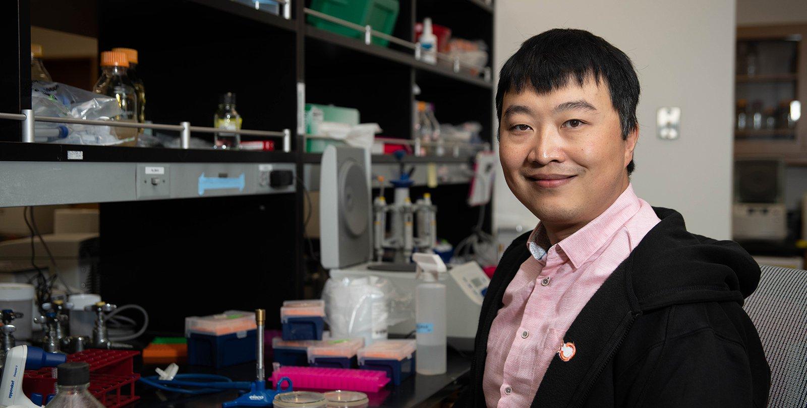 Kaihang Wang in the laboratory