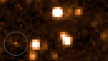 Photo of blurry stars, and the newfound brown dwarf.