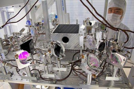 LIGO transmission monitor suspension system